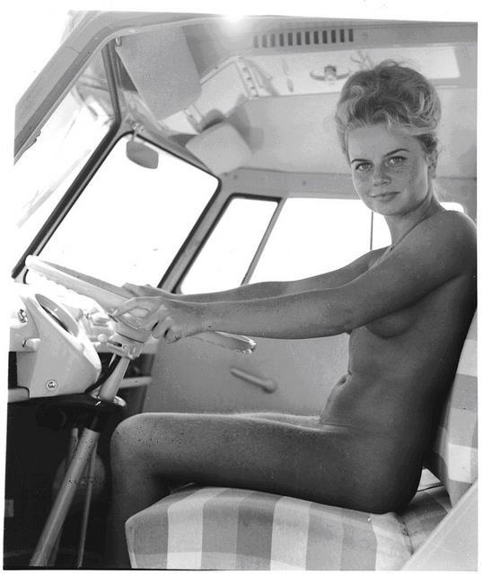 Bus Girl